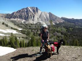Backcountry hike to Castle Peak